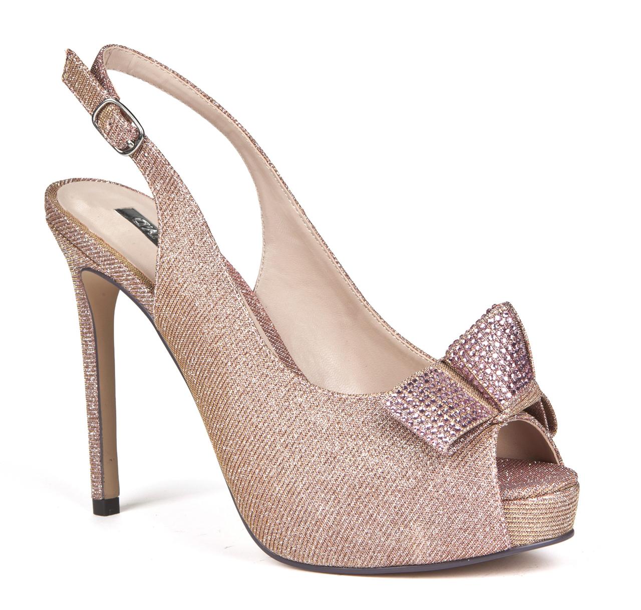 Zapatos de fiesta de D'Angela Shoes.