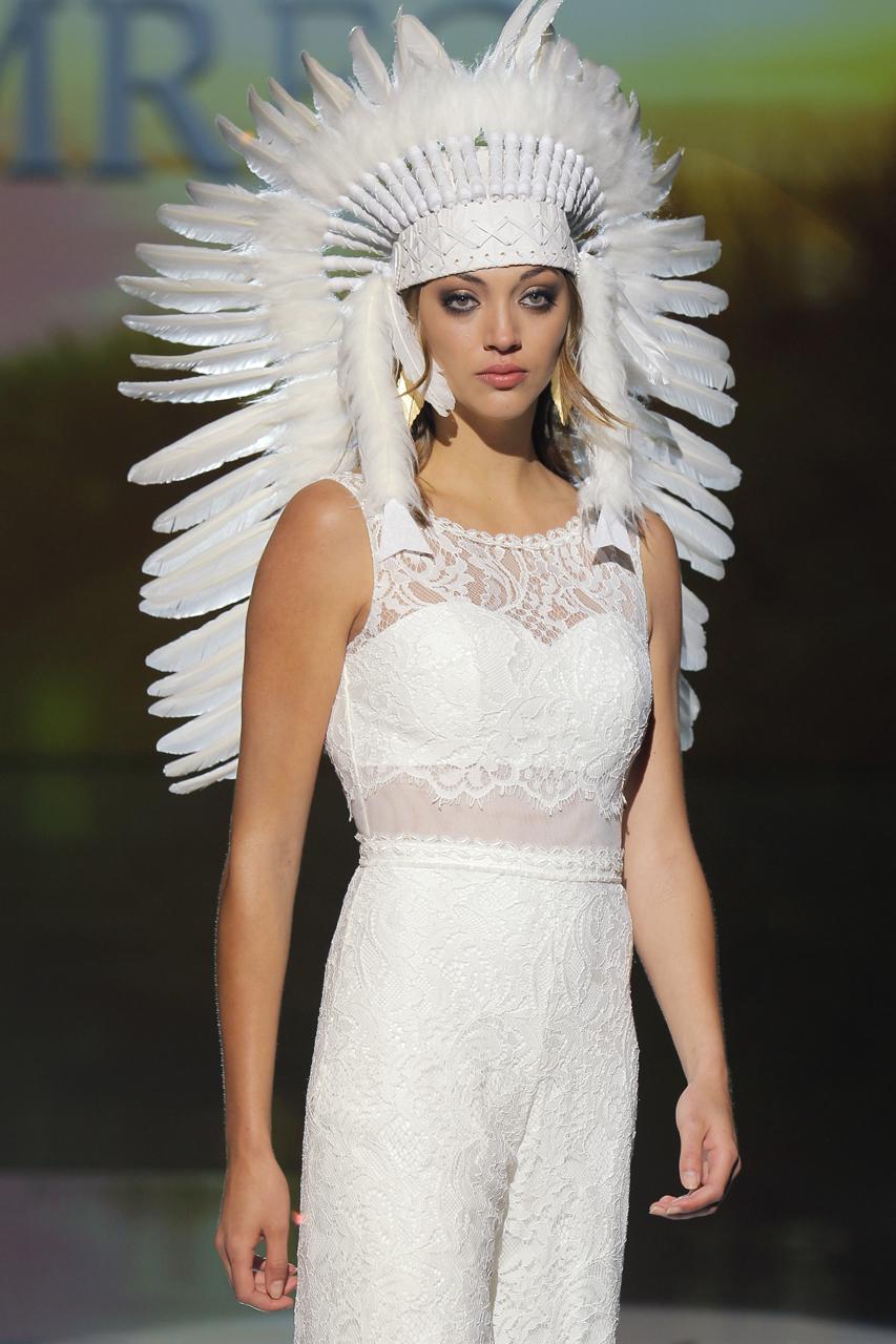 Vestido Marylise and Rembo Styling para 2018. Imagen: Barcelona Bridal Fashion Week .
