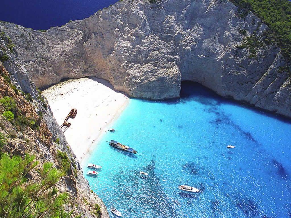 Playa de Navagio en la isla griega de Zante. Imagen de la oficina de turismo de Grecia.